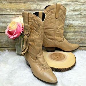 Vintage Laredo Beige Leather Western Cowboy Boots